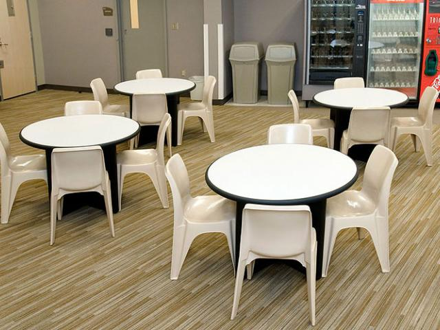intensive use stackable chair - SWS Group